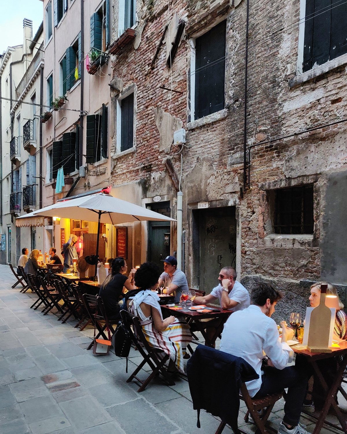 Where to eat outside in Venice, Italy