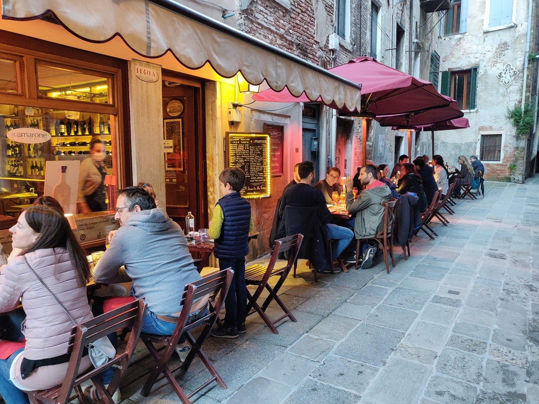 Tables outside in Venice - Tavoli all'Aperto Venezia